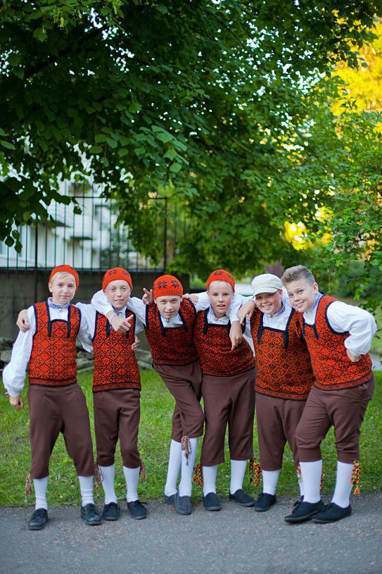 """IMG 7660 1 Mark, Mikk, Kaarel, Kent, Joosep ja Sten, XIX tantsupeo """"Puudutus"""" 1. etendus, Tallinn"""