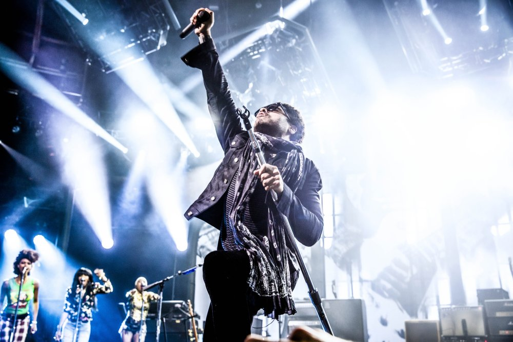 Lenny live2 Lenny Kravitz alustas turneed