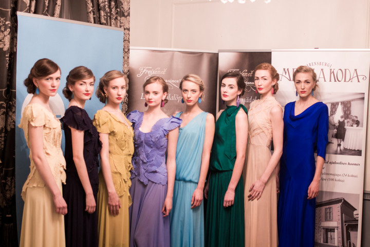 embassy of  fashion show38 720x480 Moesaadikute vaatemäng