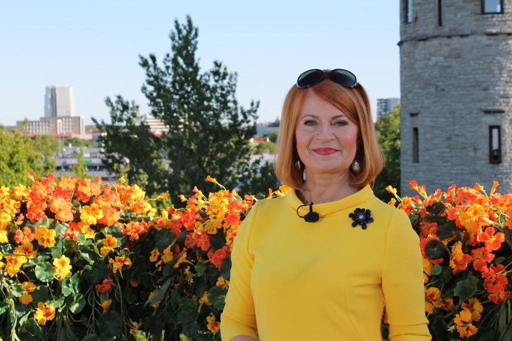 Sirje Eesmaa Suvised Seitsmesed TV3 suvi 2015 3 1024x682 Uudisteankur särab modellina