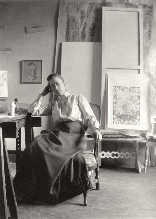 hilma af klint oma ateljees u. 1895 Uks teistesse dimensioonidesse