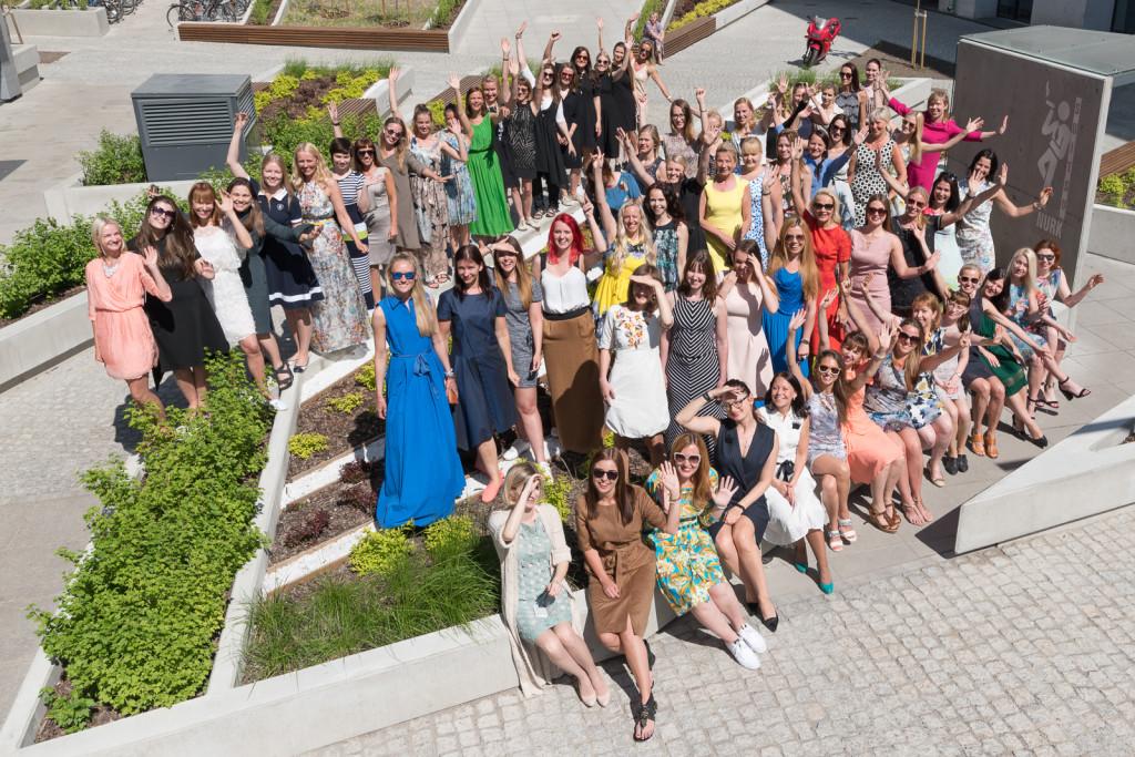 DSC 6916 1024x683 Baltika naised riietusid kleitidesse