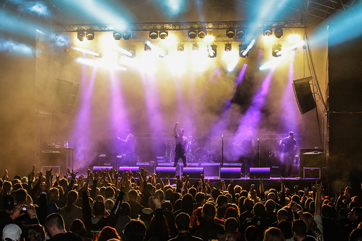 band Raskeimalt rokkiv festival