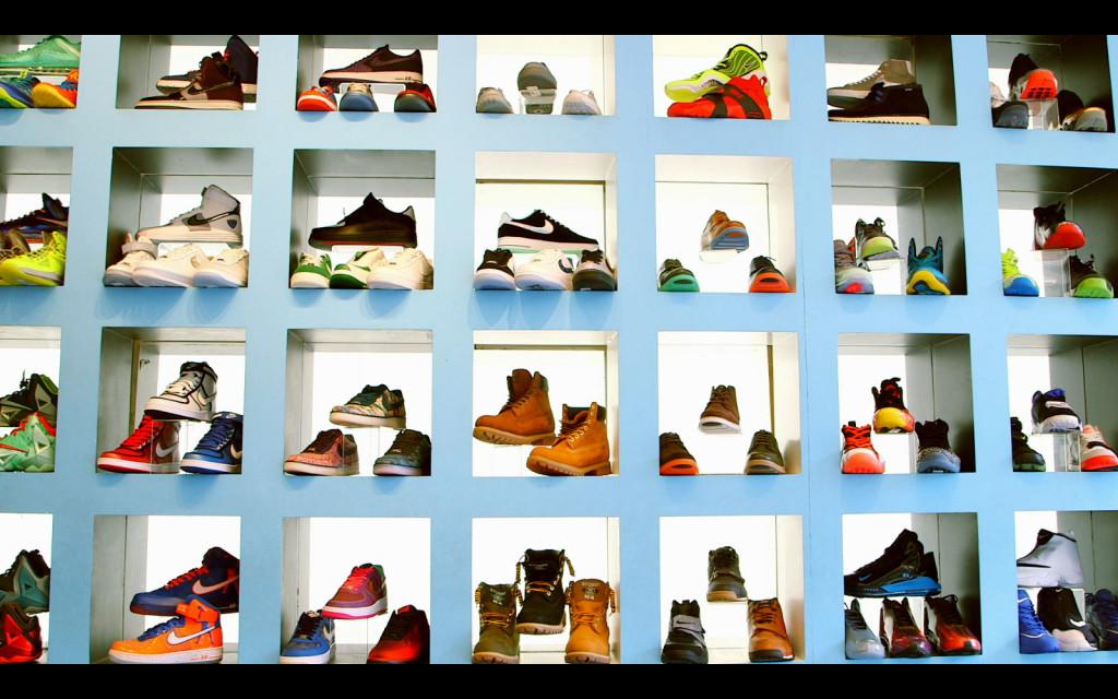 Sneakerheadz 1024x640 Moekino toob moefilmid