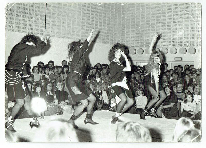 ERKI 1984 An Hindi kollektsioon Must Valge ERKI Moeshow retrospektiiv