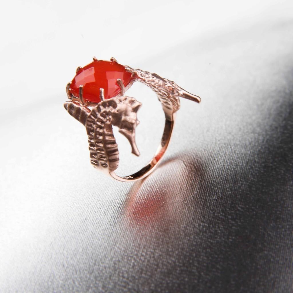 Hippo Couture sormus kaltsedoniga  1024x1024 Tanel Veenre üllatab sõrmusteseeriaga