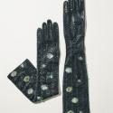 Riina O gloves