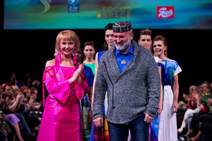 08DianaDenissova23 03 2018 Tallinn Fashion Week Erlend Staub1058 720x480 Maalikunsti maagia