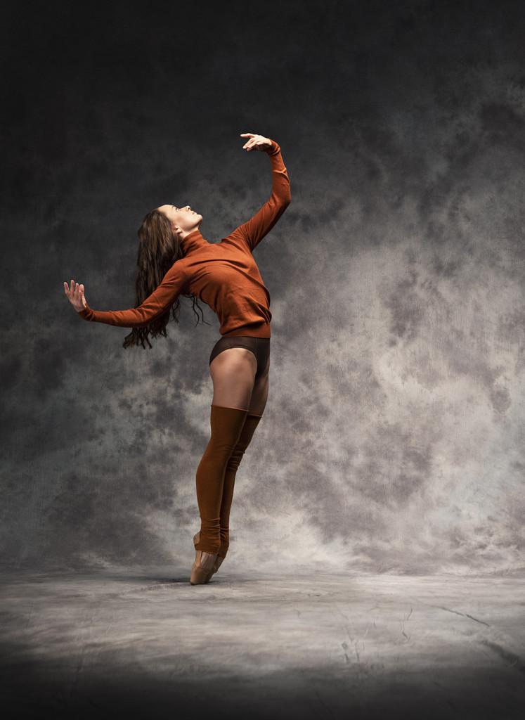 LUMMUS kol Ballett foto Albert 747x1024 Hõbedasse valatud ballett