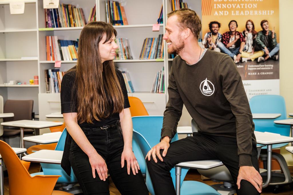 Karl Robert Saaremäe ja Hanna Junti. Foto Magnus Heinmets 1024x682 Näitleja 6 nõuannet edukaks pitchimiseks