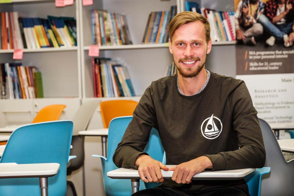 Näitleja ja esinemiskoolitaja Karl Robert Saaremäe. Foto Magnus Heinmets 1024x682 Näitleja 6 nõuannet edukaks pitchimiseks