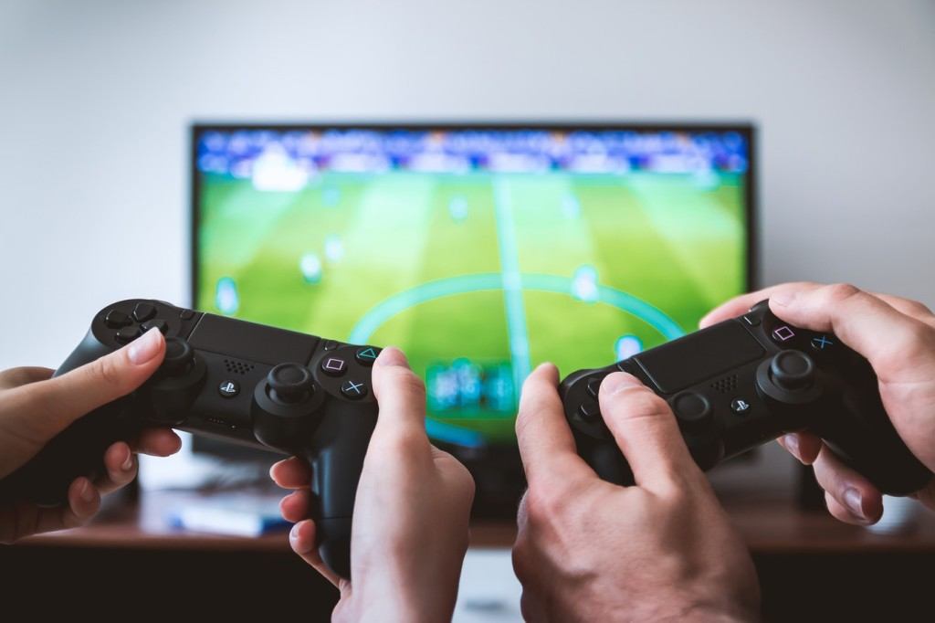 photokaed 1024x682 Kas naised mängivad online mänge?