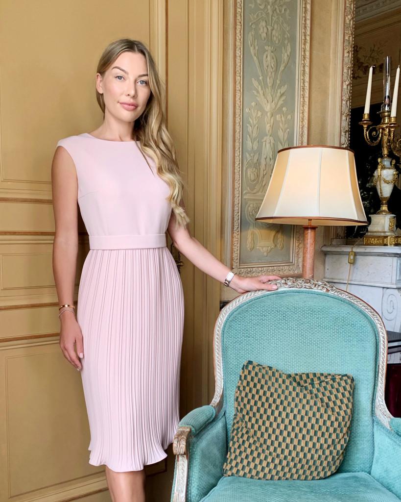 Anna Bey 819x1024 Marimo on võitnud elegantsete naiste südamed üle maailma