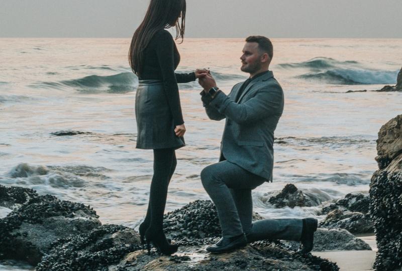 abieluettepanek 5 põhjust, miks suvi on parim aeg abieluettepaneku tegemiseks