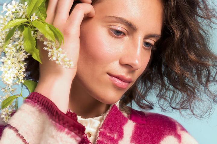 07 Marit Ilison Longing For Sleep Unique Coat 54 05 720x480 Mantlid, mis toovad kaamosesse sära!